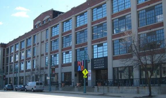 tri city national bank menomonee falls